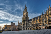 Rathaus b