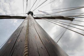 Mast und Takelage