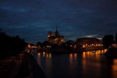 Paris bei Nacht (Annahme)